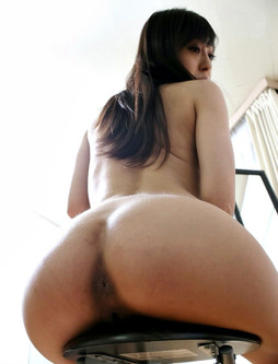 Asian ass pictures including deep anal..